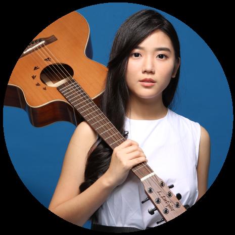 April Chan 周雪婷